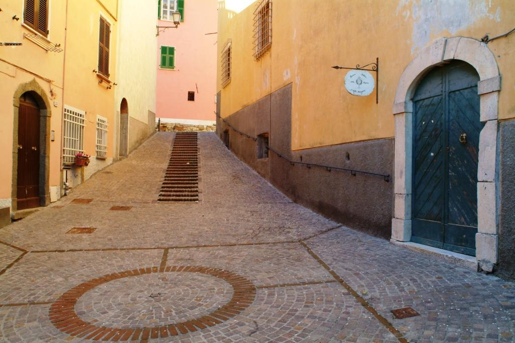 L'ingresso dell'enoteca regionale della Liguria