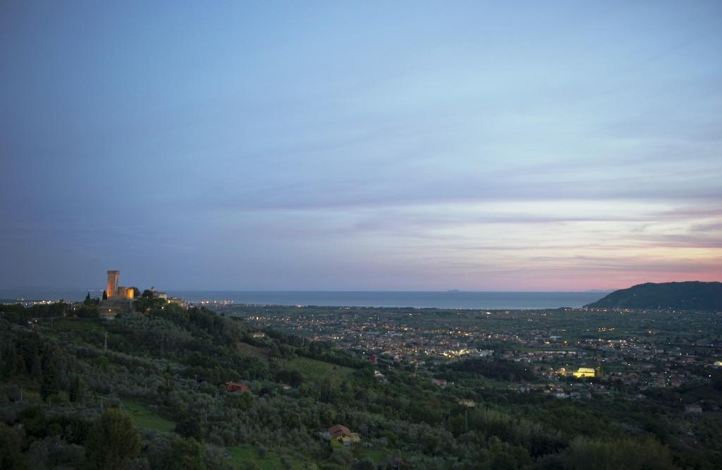 Vallata del Magra al tramonto